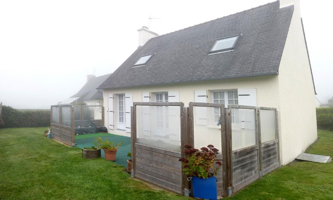 maison-dans-le-brouillard